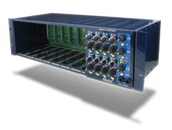Radial Serie 500 Workhorse, 8-slot rack